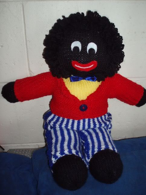 Knitted Golliwog Pattern : How many of you actually carry your monitors around with you? Page 4 Diab...