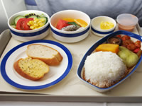 Airline food can making healthy eating difficult
