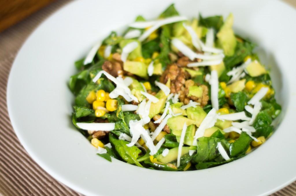 254 Goats Cheese Salad with Walnuts and Avocado (Italian) (3)