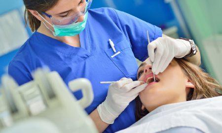 Dentist detecting type 2 diabetes